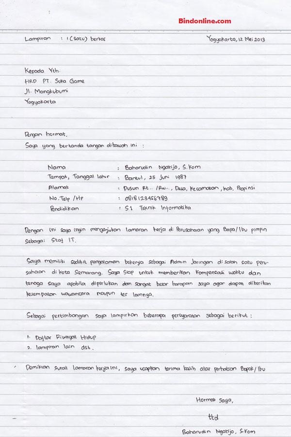 Contoh surat lamaran kerja tulis tangan karyawan perusahaan